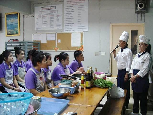 สอนทำอาหาร 'สเต๊ก ซอสเนยสมุนไพร herbsสไตล์ฝรั่งเศส'